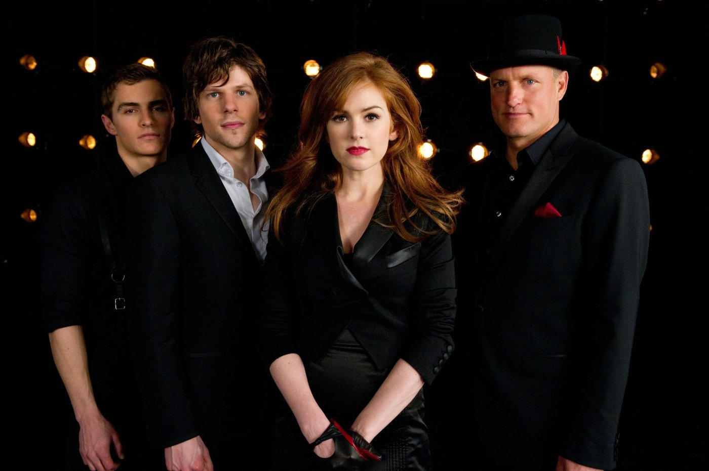 "Die Unfassbaren – Now You See Me <span class=""imdbRatingPlugin"" data-user=""ur56394889"" data-title=""tt1670345"" data-style=""p2""><a href=""http://www.imdb.com/title/tt1670345/?ref_=plg_rt_1""><img src=""http://g-ecx.images-amazon.com/images/G/01/imdb/plugins/rating/images/imdb_38x18.png"" alt=""Now You See Me (2013) on IMDb"" /> </a></span><script>(function(d,s,id){var js,stags=d.getElementsByTagName(s)[0];if(d.getElementById(id)){return;}js=d.createElement(s);js.id=id;js.src=""http://g-ec2.images-amazon.com/images/G/01/imdb/plugins/rating/js/rating.min.js"";stags.parentNode.insertBefore(js,stags);})(document,'script','imdb-rating-api');</script>"