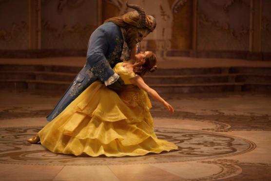 """Neuer Trailer zu Disneys """"Die Schöne und das Biest"""""""